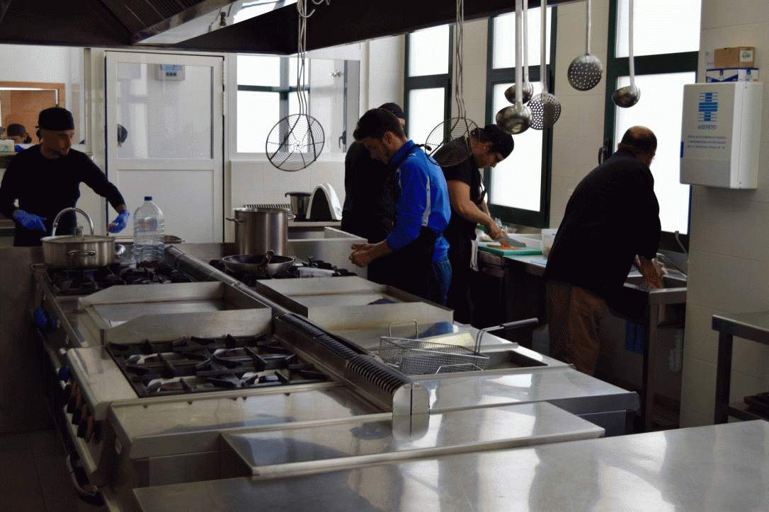 Curso de operaciones b sicas de cocina for Cursos de cocina en alicante